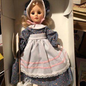 Mother Hubbard Wonder world of dolls Effanbee